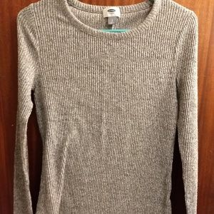 Small gray ribbed old navy sweater